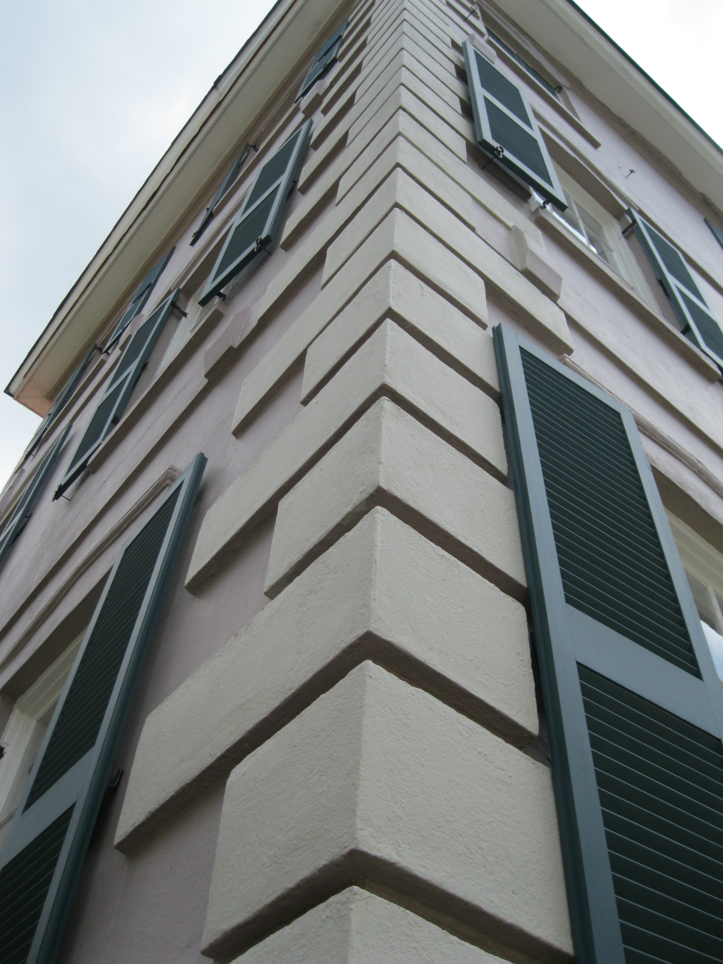 Opinions on quoin for Brick quoin corners